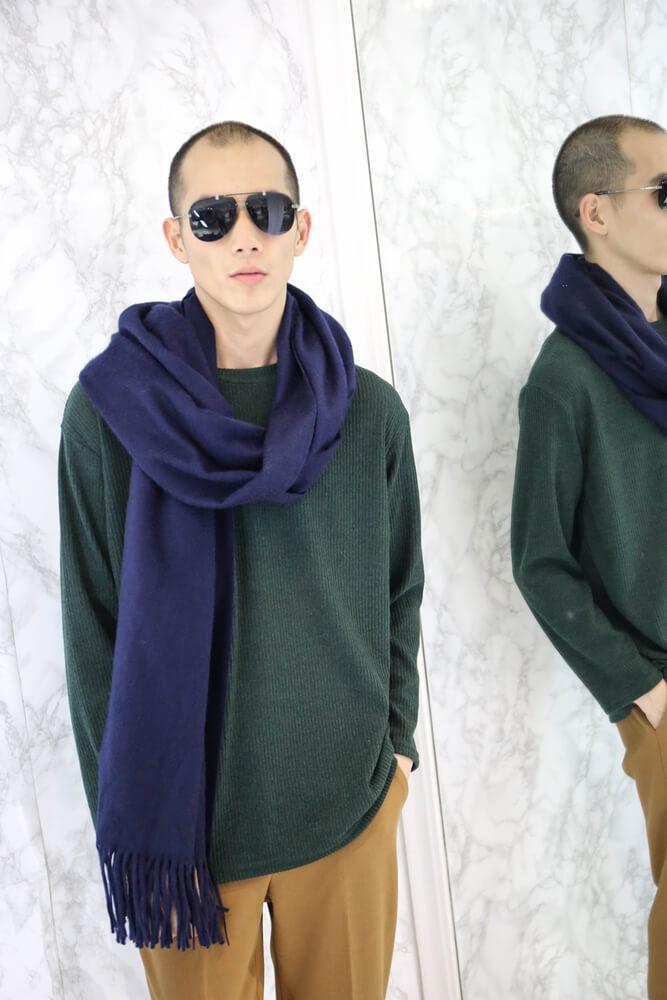 [深藍]水波紋白羊絨厚織披肩