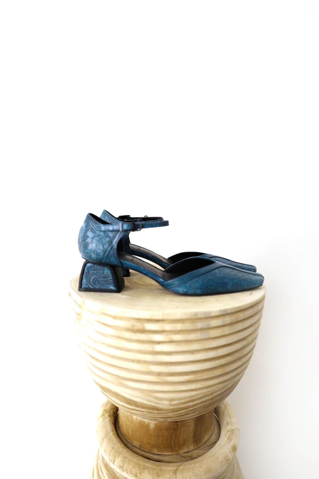 DC Hayas  Sandals