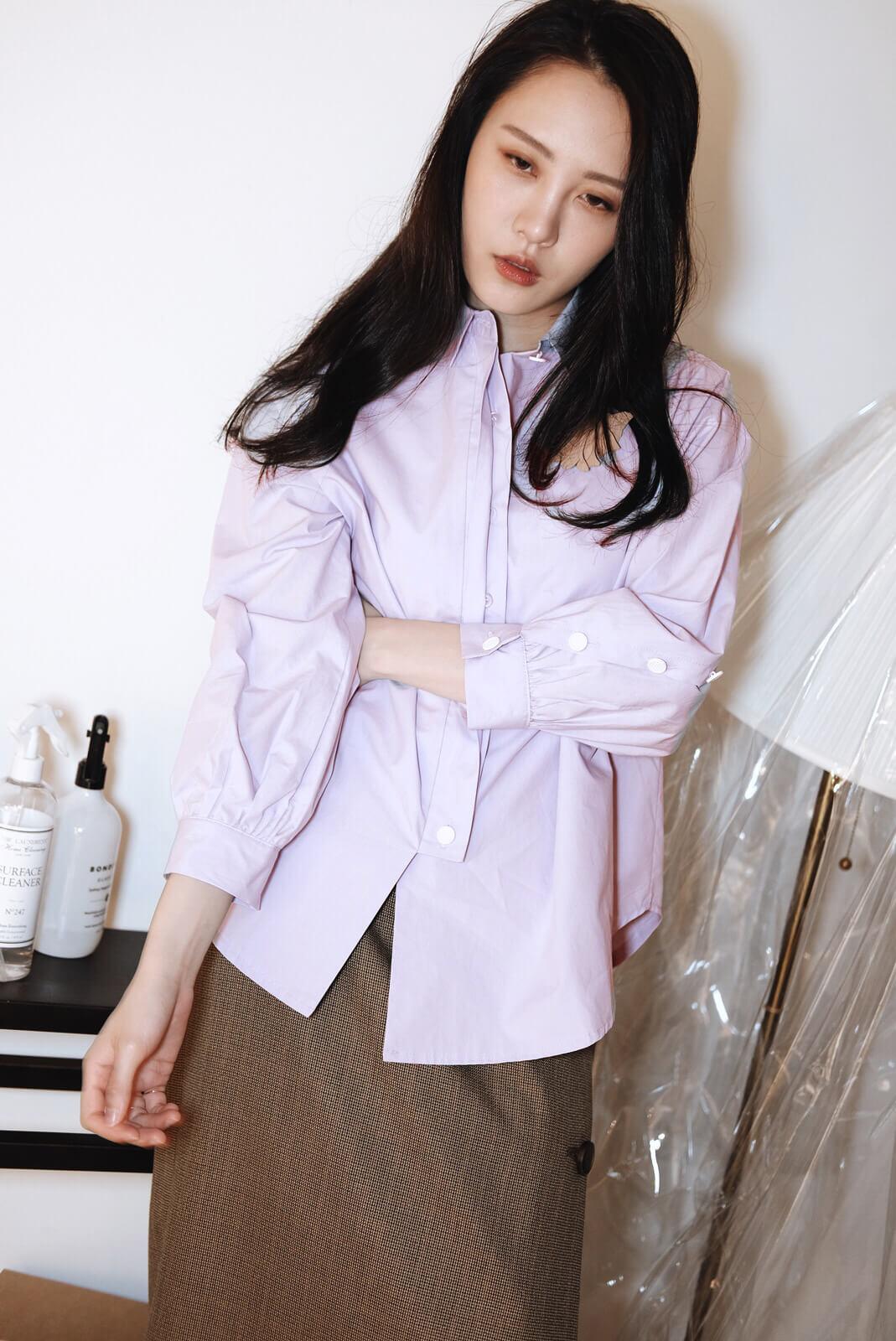 白釦澎袖襯衫
