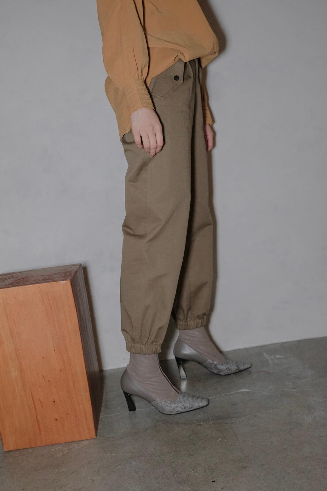 DC斜口袋收口褲